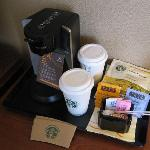Sheraton Pasadena - in room Coffee/Tea