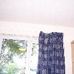  curtains unable to close