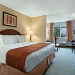 Days Inn & Suites Vancouver