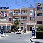 Damon Hotel Apartments Foto