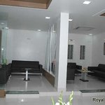 The Royal Star resmi