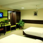 Photo de MGR Regency Comfort Hotel
