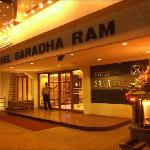 Photo de Hotel Saradharam