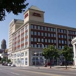 Hampton Inn &amp; Suites Buffalo Downtown