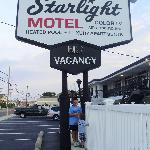 Starlight Motel & Luxury Suites resmi
