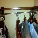  closet shelf falling