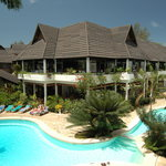 Travellers Beach Hotel &amp; Club