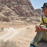 Hiking with a camp guide to Petra