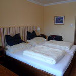 Room 42 (picture 1)