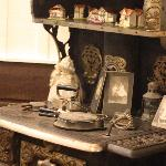  Antique stove in breakfast area