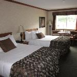 Фотография BEST WESTERN PLUS Fernie Mountain Lodge