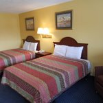 Americas Inn & suites Double Bed