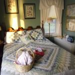 Sunset Shores Bed & Breakfast
