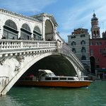 Rialto Bridge (Ponte di Rialto)