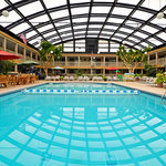 ‪BEST WESTERN Fox Valley Inn‬