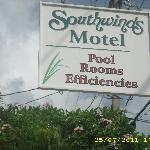 Southwinds Motel sign at 1321 Simonton St.