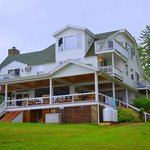 LAKE GEORGE RESORT HOME