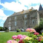 Manoir De La Riviere Bed and Breakfast