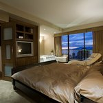 Sandman Suites Davie - Vancouver Downtown
