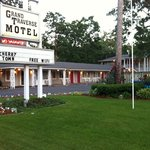Grand Traverse Motel