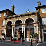 Oatlands Park Hotel