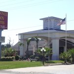 Winnie inn & Suites