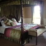 The oh so comfortable four poster bed!