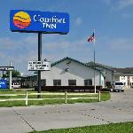 The Scottsbluff Comfort Inn is one of the first hotels on the east side of town.