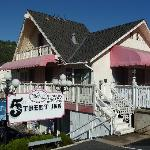 5th (Fifth) Street Inn resmi