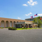 Ramada Elyria
