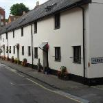 a row of cottages in minehead