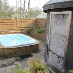 The hot tub & sauna