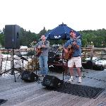 Excellent live music at Robinson's Wharf
