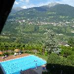  La piscina col bellissimo panorama