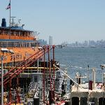 Staten Island Ferry vor Manhattan