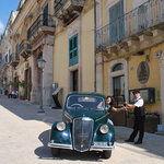 ANRIQUE CAR WITH LUCIANO DRIVER IN SICILY