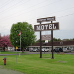 County Squire Motel