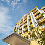 Jinhold Apartment Hotel Bintulu