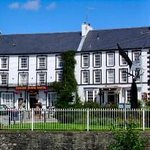  Neuadd Arms Hotel
