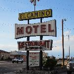  Cool retro sign!  Great budget accommodations!