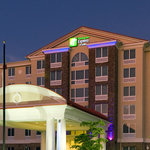 ‪Holiday Inn Express & Suites Fort Myers- The Forum‬