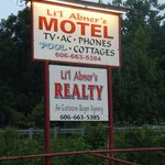 Li'l Abner Motel