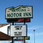 Sign for motel
