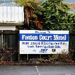 Fenton Court welcome sign