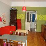 Photo de Travellers Inn Hostel