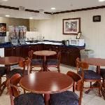 Country Hearth Inn Knightdale resmi