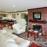Φωτογραφία: Country Hearth Inn Knightdale