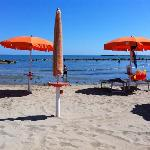 .. spiaggia davanti hotel..