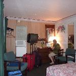  Inside Anderson Motel