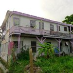 Guesthouse! All the others doesnt look better in Belize City!